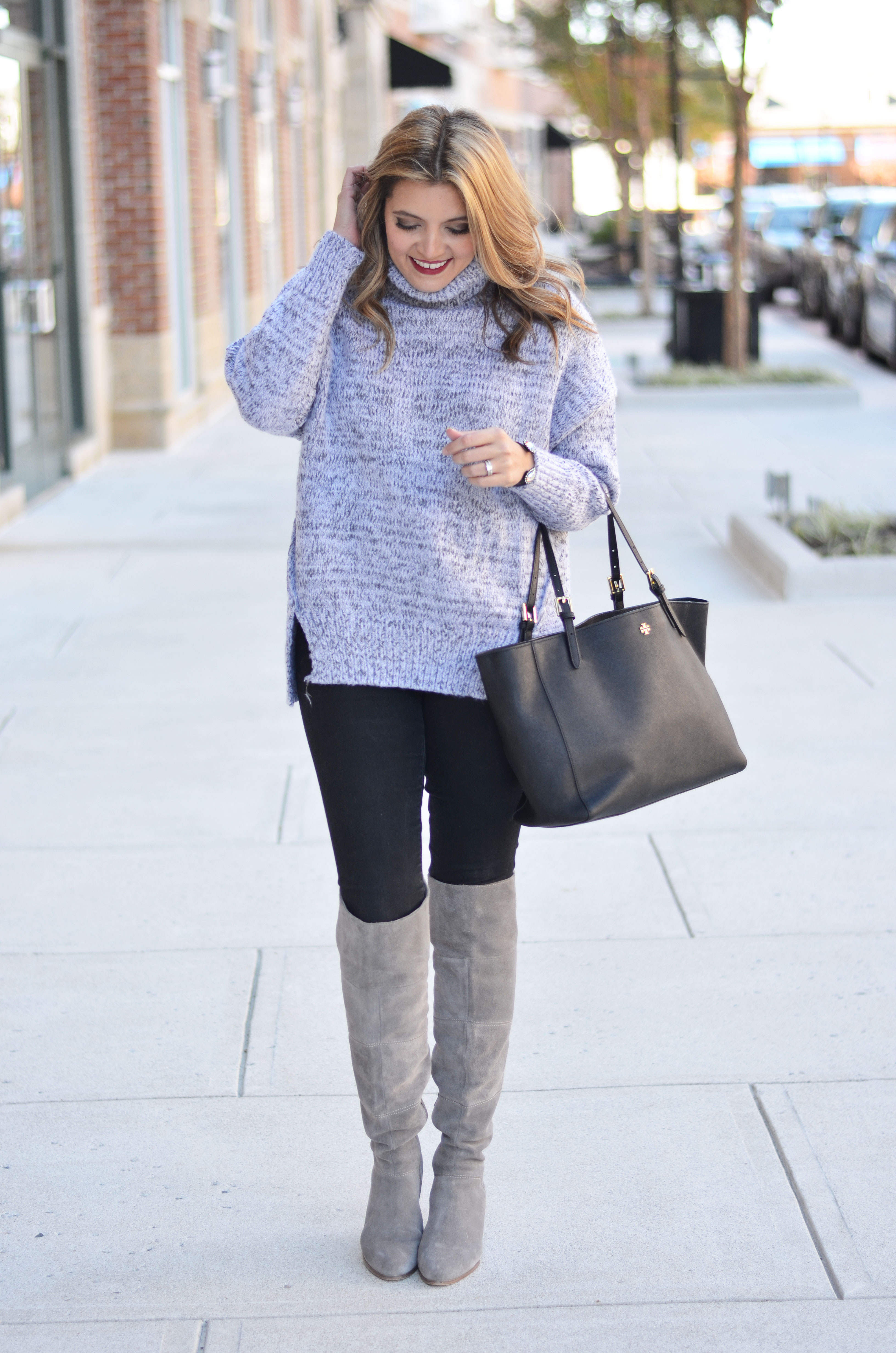 oversized turtleneck outfit