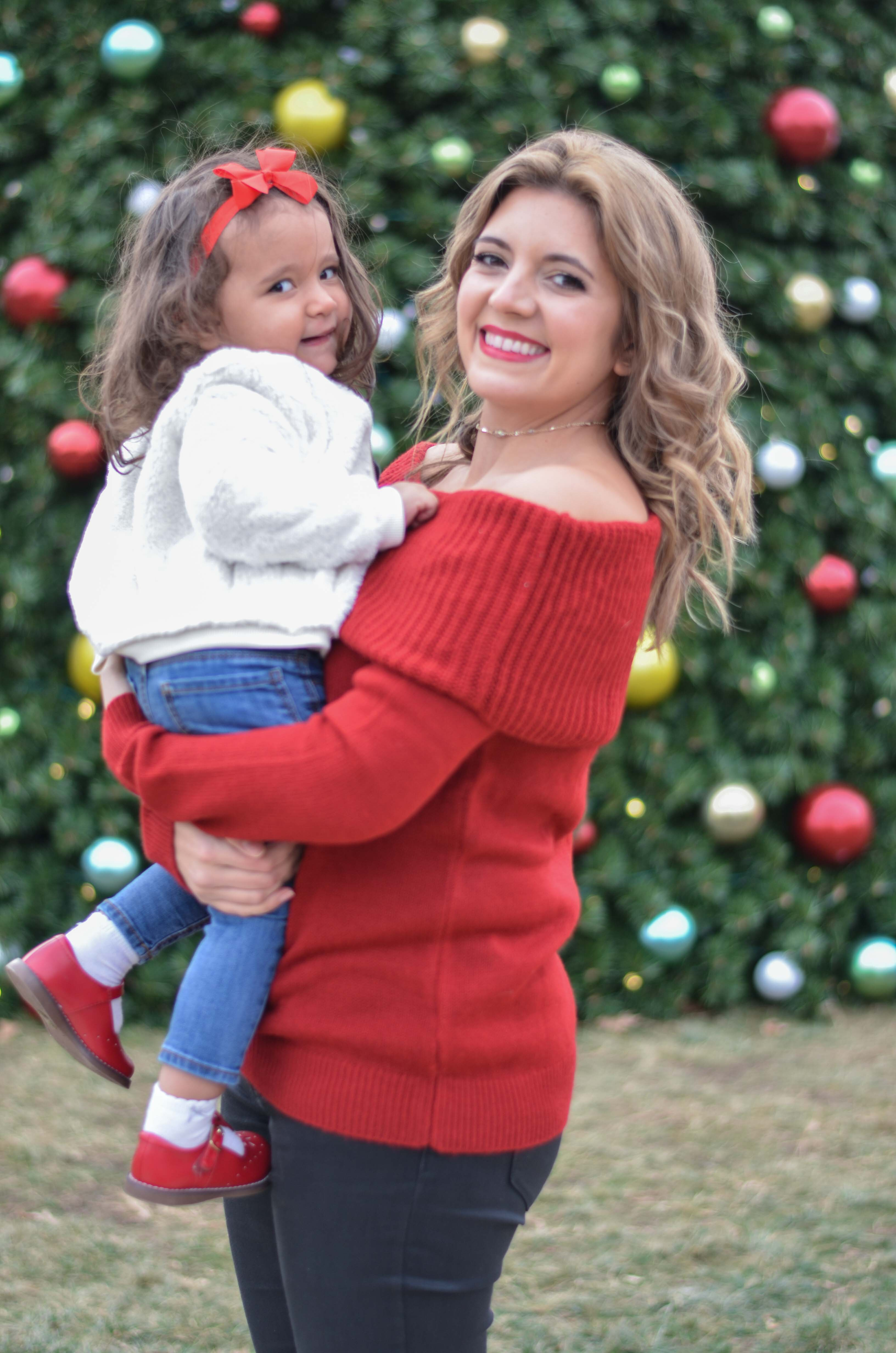 toddler and mom winter outfit - cute family holiday outfit | www.bylaurenm.com