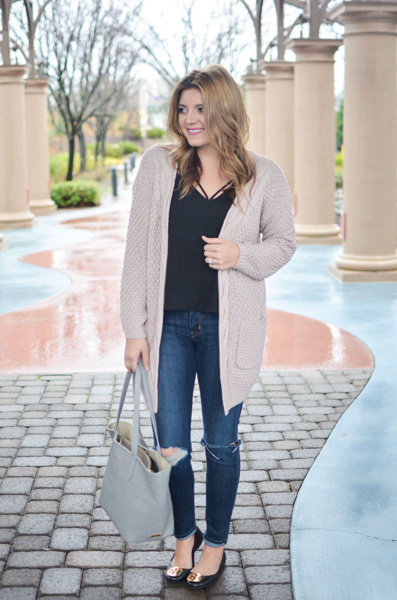 05e0510f97 blush pink cardigan outfit with black cami and distressed skinny jeans.  Click through for more