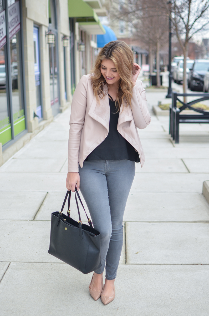 blush leather jacket outfit - blush jacket with grey skinny jeans. Click through to see more casual outfits or to shop this look! | www.bylaurenm.com