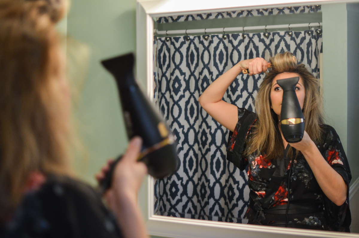 blow dry tips for volume and smoothness. Click through to see all my blow drying tips for smooth hair! | www.bylaurenm.com