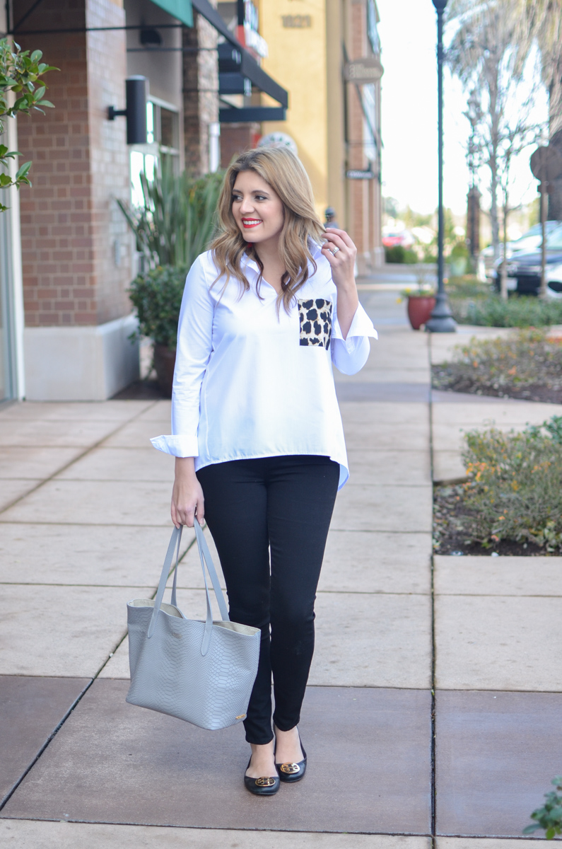 classic black and white outfit with leopard pocket top - click through for more weekend outfits and to shop this look (including this top under $18)! | www.bylaurenm.com