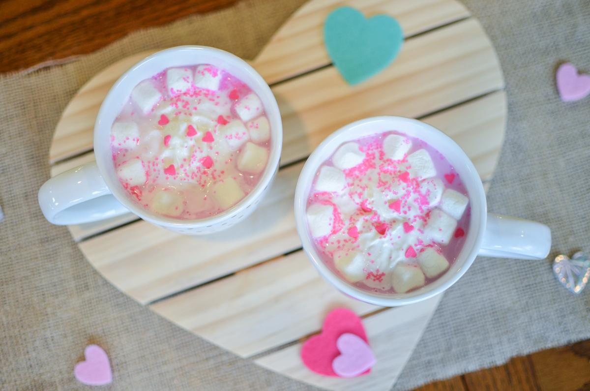 pink hot chocolate recipe - cute valentine's day recipe! | www.bylaurenm.com