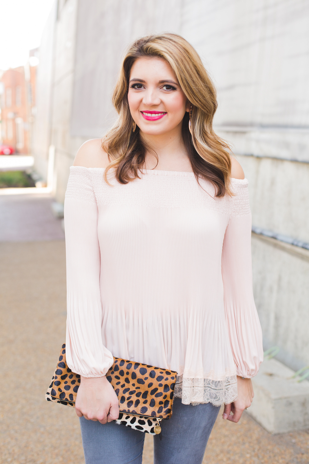 spring off shoulder top outfit - Click through for more cute Spring outfits or to shop this look! www.bylaurenm.com