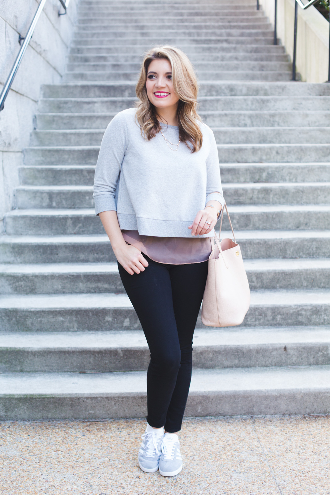 spring weekend casual outfit. Click through for more casual Spring outfits or to shop this look! www.bylaurenm.com