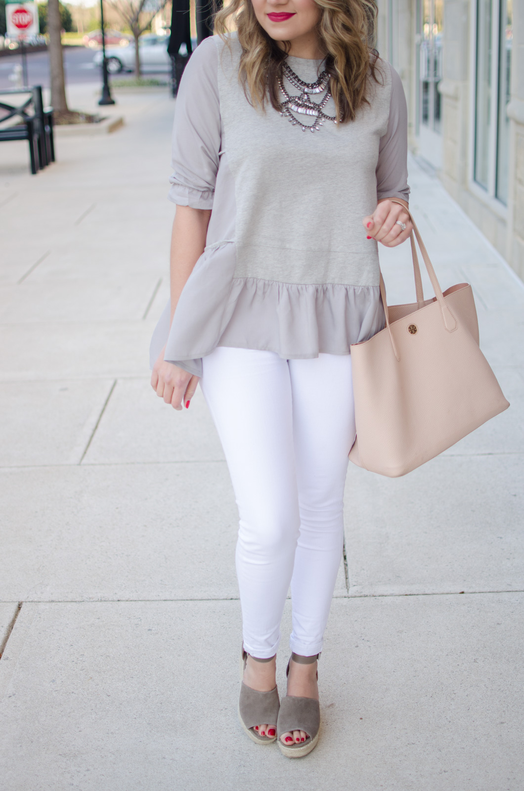 white jeans outfit - what to wear for Spring. Click through for more cute Spring outfits or to shop this look! bylaurenm.com