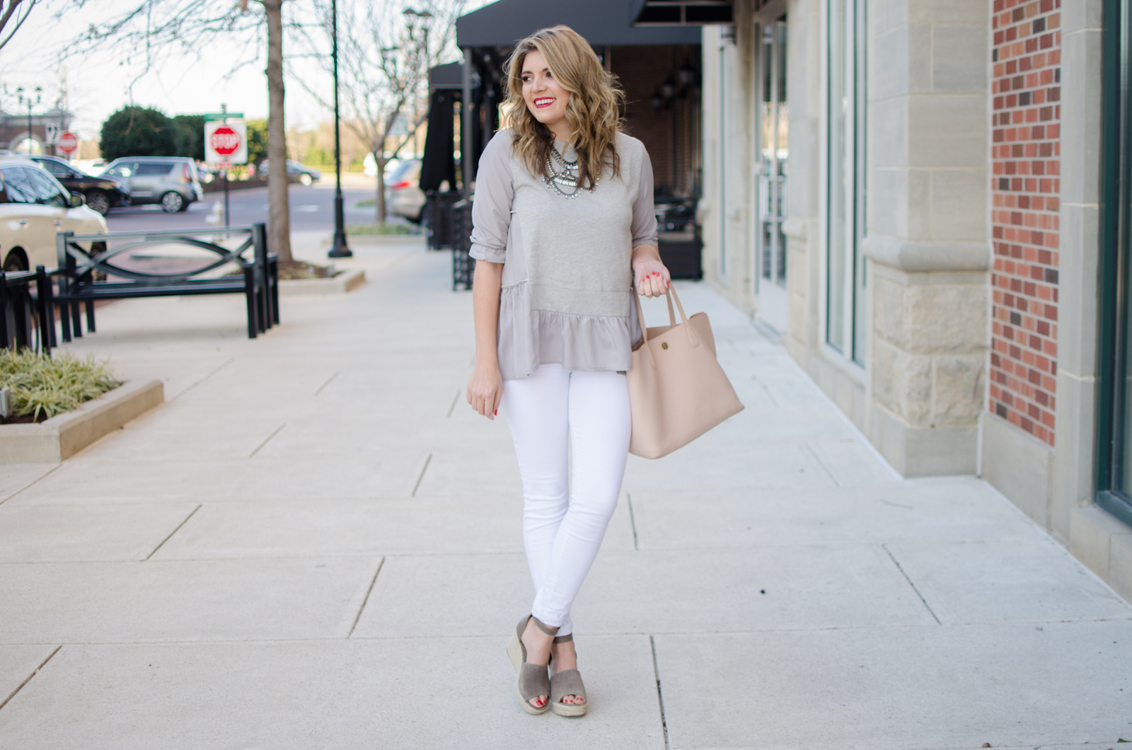 gray ruffle tee outfit - Click through for more cute Spring outfits or to shop this look! bylaurenm.com