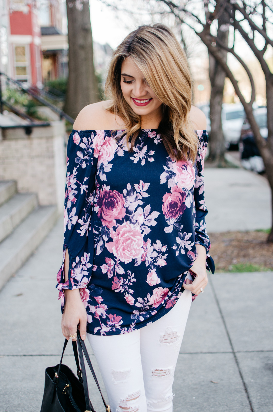 floral top spring outfit - For more pretty Spring outfits or to shop this look, head to bylaurenm.com!