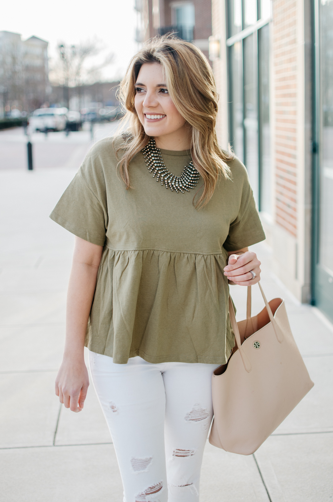 spring mom style - cute casual outfits for the weekend. Click through for more cute casual outfits or to shop this look! bylaurenm.com