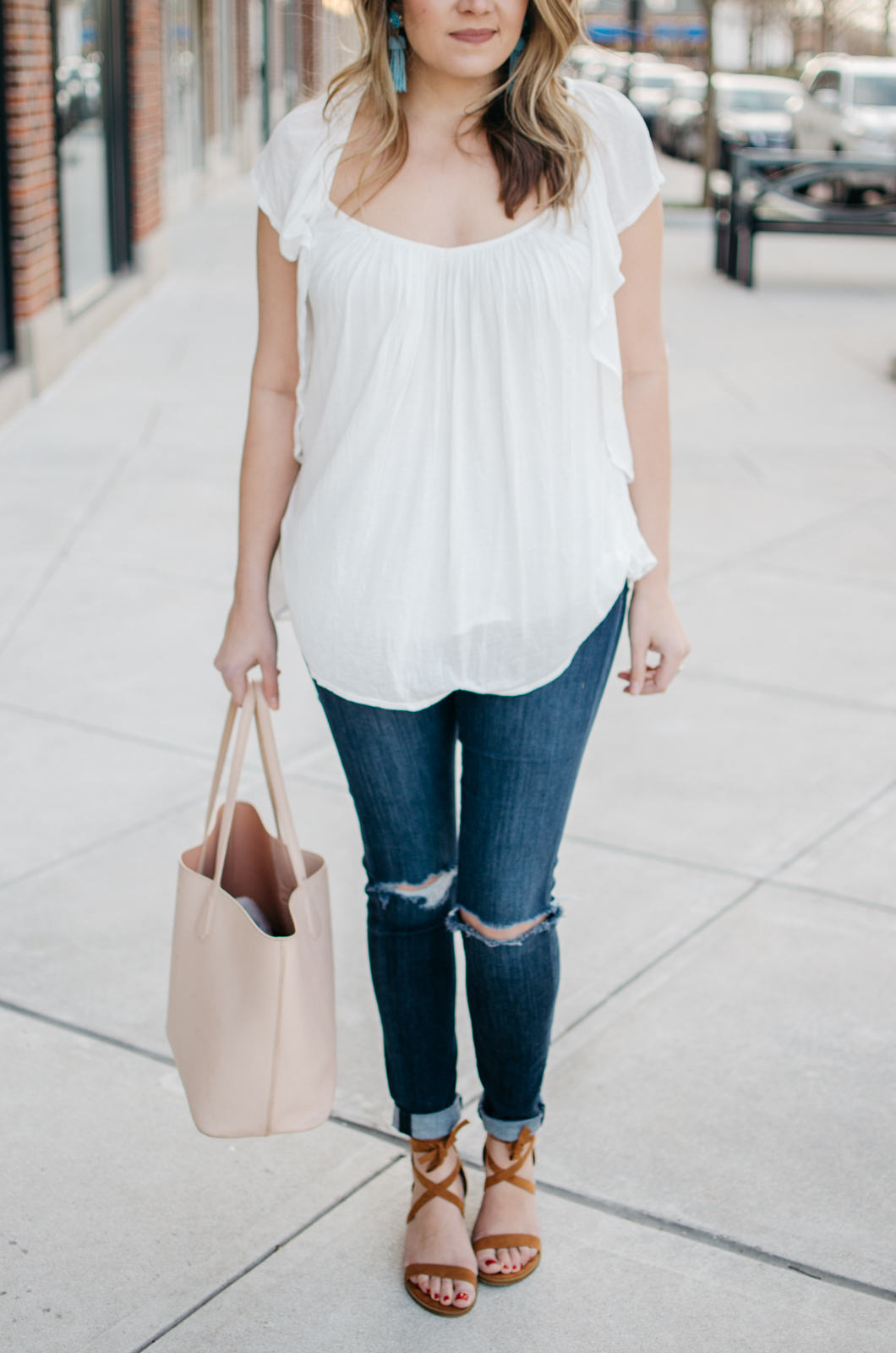 what to wear for spring - | Click through for more spring outfit ideas or to shop the look! www.bylaurenm.com