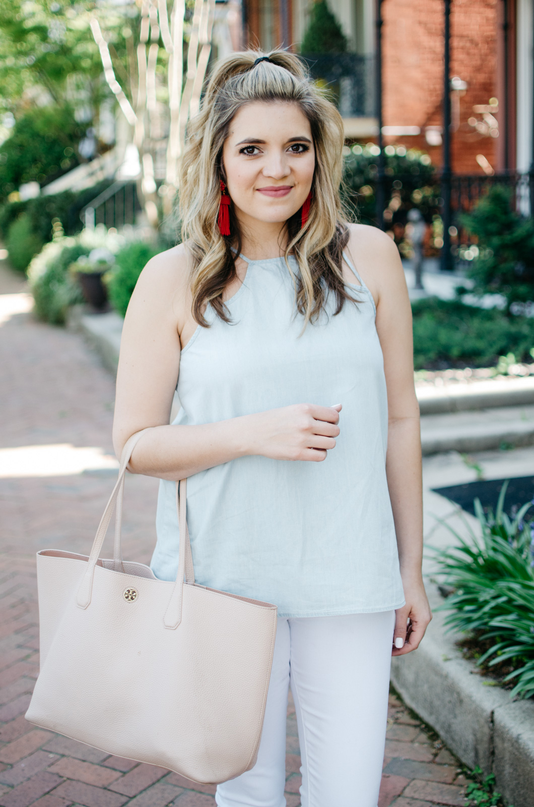 favorite spring outfit - white jeans and chambray | | For more cute spring outfit ideas, head to bylaurenm.com!