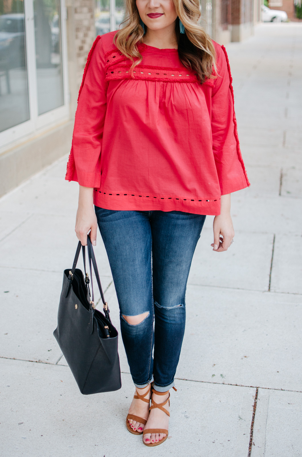 spring outfit ideas for moms - fringe embellished top | Get more cute spring weekend outfit ideas at bylaurenm.com!