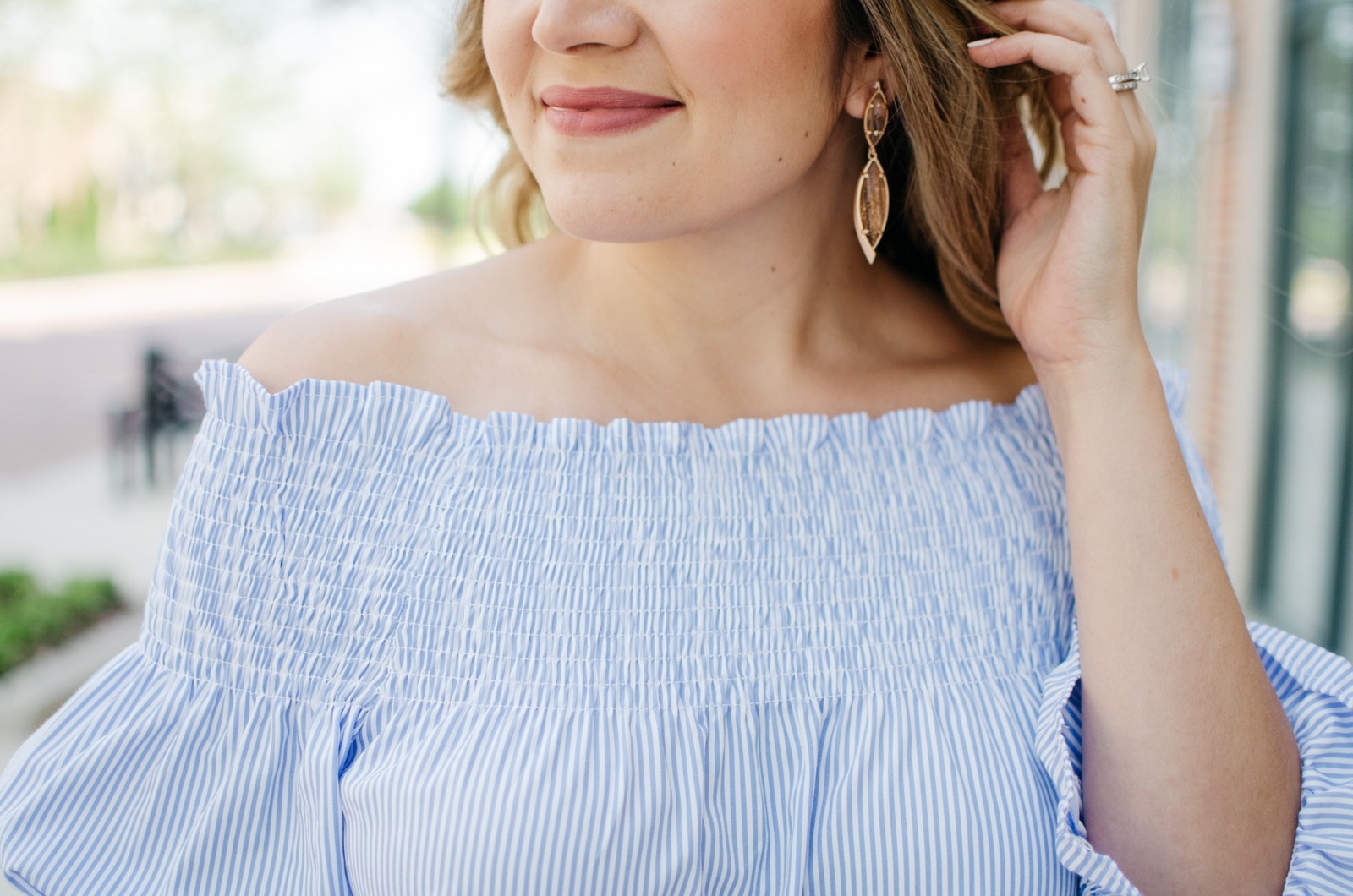 kendra scott earrings | Want more Spring outfit inspiration? Head to bylaurenm.com!