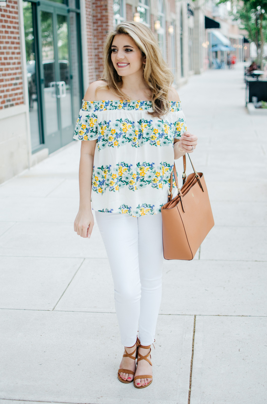 all white spring outfit idea | For more spring weekend outfits, head to bylaurenm.com