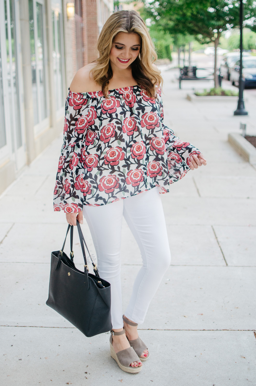 floral print bell sleeve top outfit - | For more of the best Spring outfits, head to bylaurenm.com!
