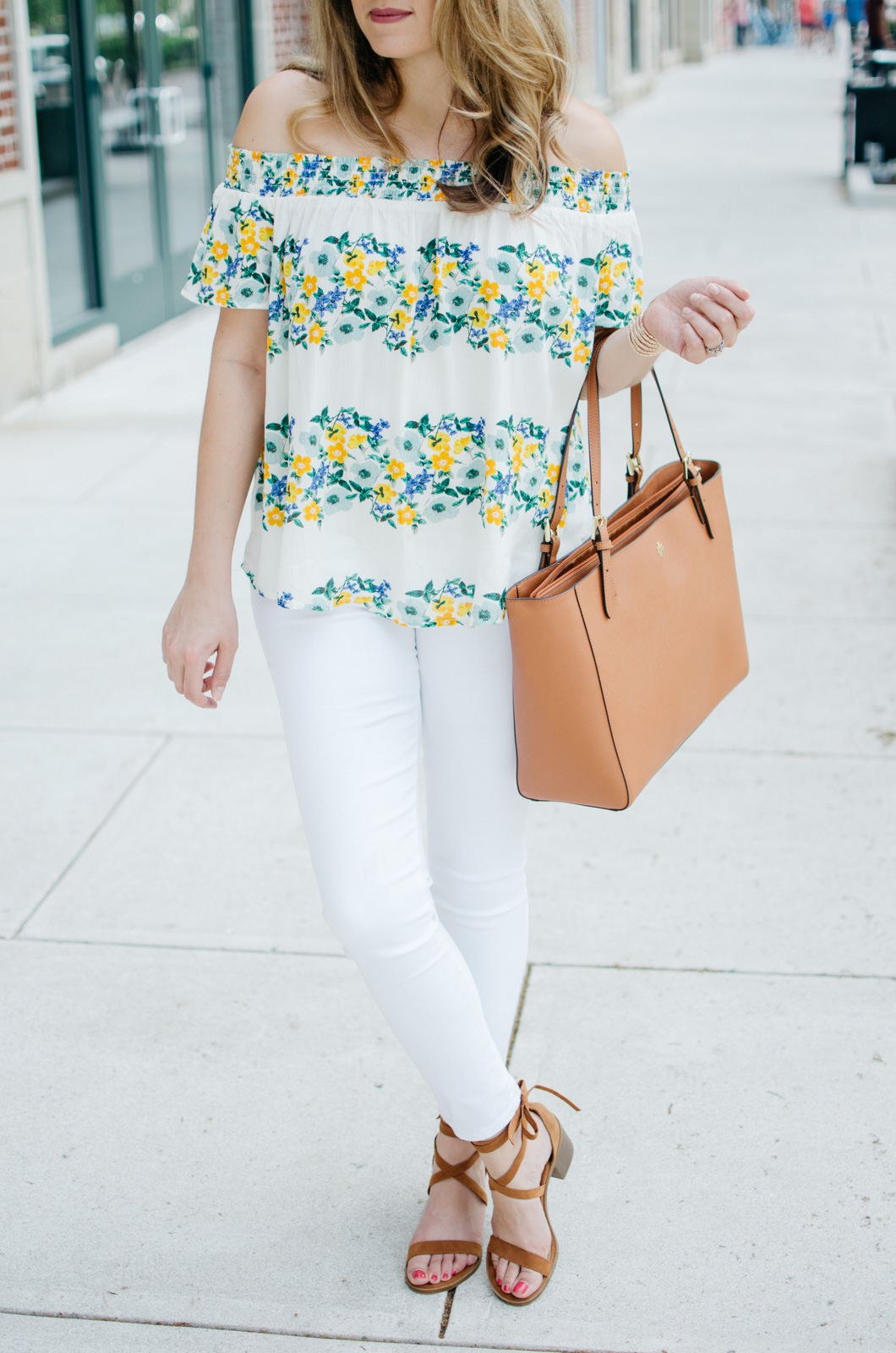 all white spring outfit - cute white jeans outfits | For more spring weekend outfits, head to bylaurenm.com