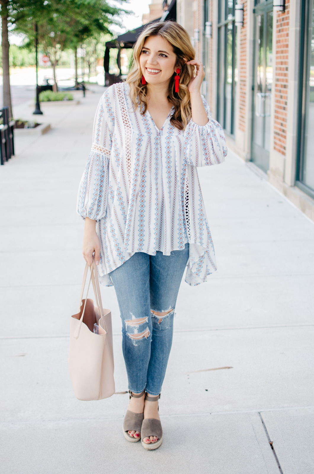 summer boho outfit idea - perfect boho top | For more cute spring outfit ideas, head to bylaurenm.com!
