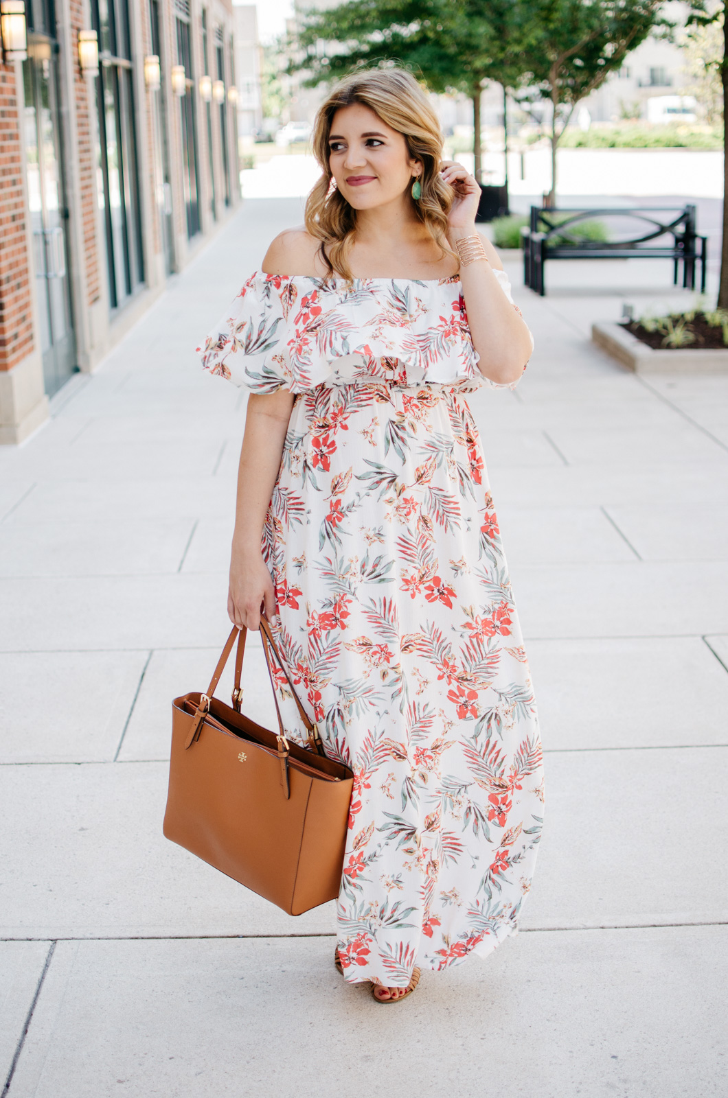 summer maternity outfit - palm print maxi dress | For more cute pregnancy outfits, head to bylaurenm.com!