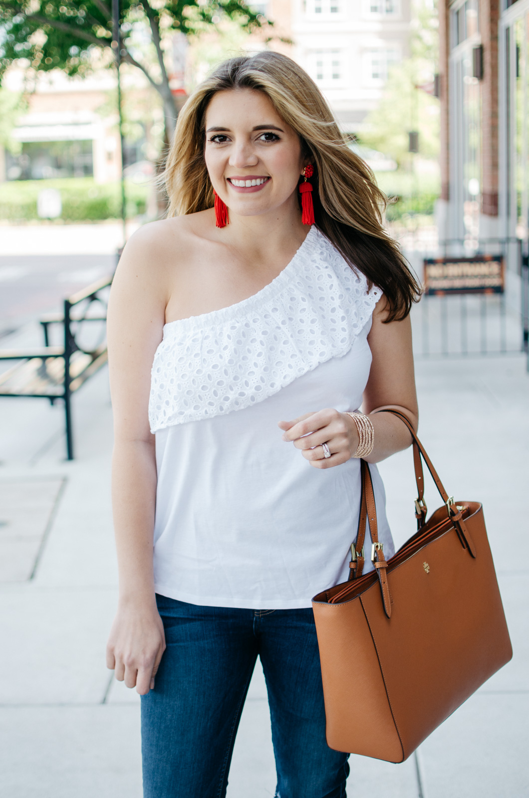 first trimester outfit ideas - one shoulder top | For more maternity outfits, head to bylaurenm.com!