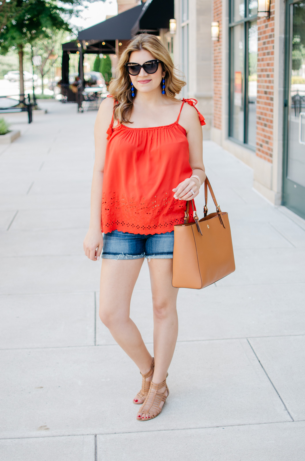 summer pregnancy outfit - tassel tank | For more cute maternity outfits, head to bylaurenm.com!