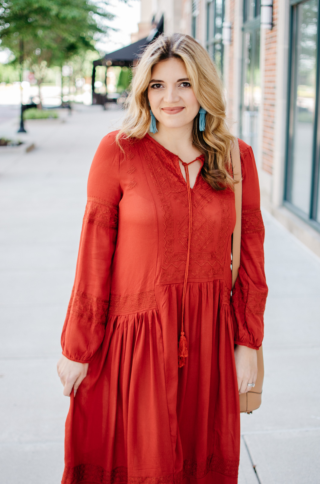 cute boho outfit summer - maxi dress outfit | For more cute casual outfit ideas, head to bylaurenm.com!