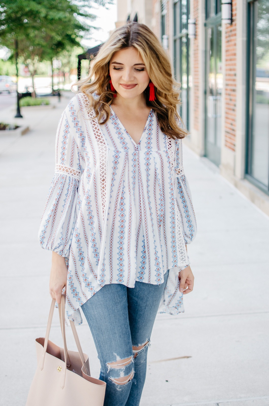 cute boho outfit for spring - the perfect boho top | For more cute casual outfit ideas, head to bylaurenm.com