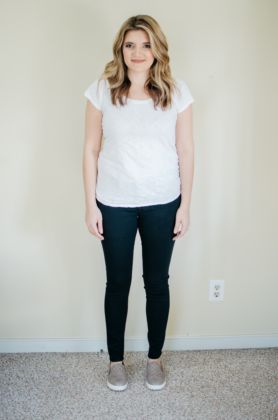 J Brand maternity jeans review - J Brand Mama J skinny jeans | See reviews of over 15 maternity jeans brands by clicking through to this post! | bylaurenm.com