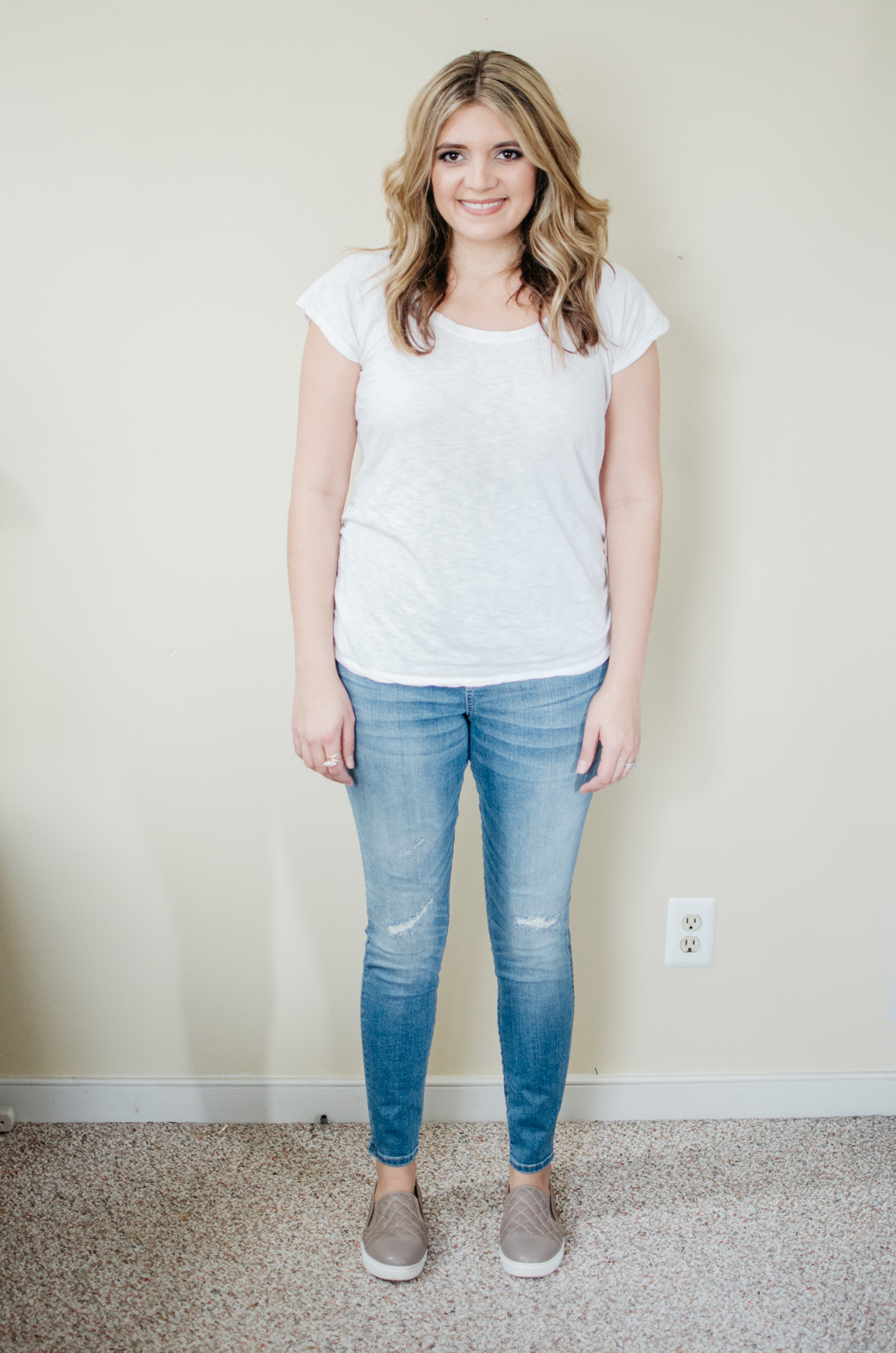 ultimate maternity jeans review - target maternity jeans review | See reviews of over 15 maternity jeans brands by clicking through to this post! | bylaurenm.com