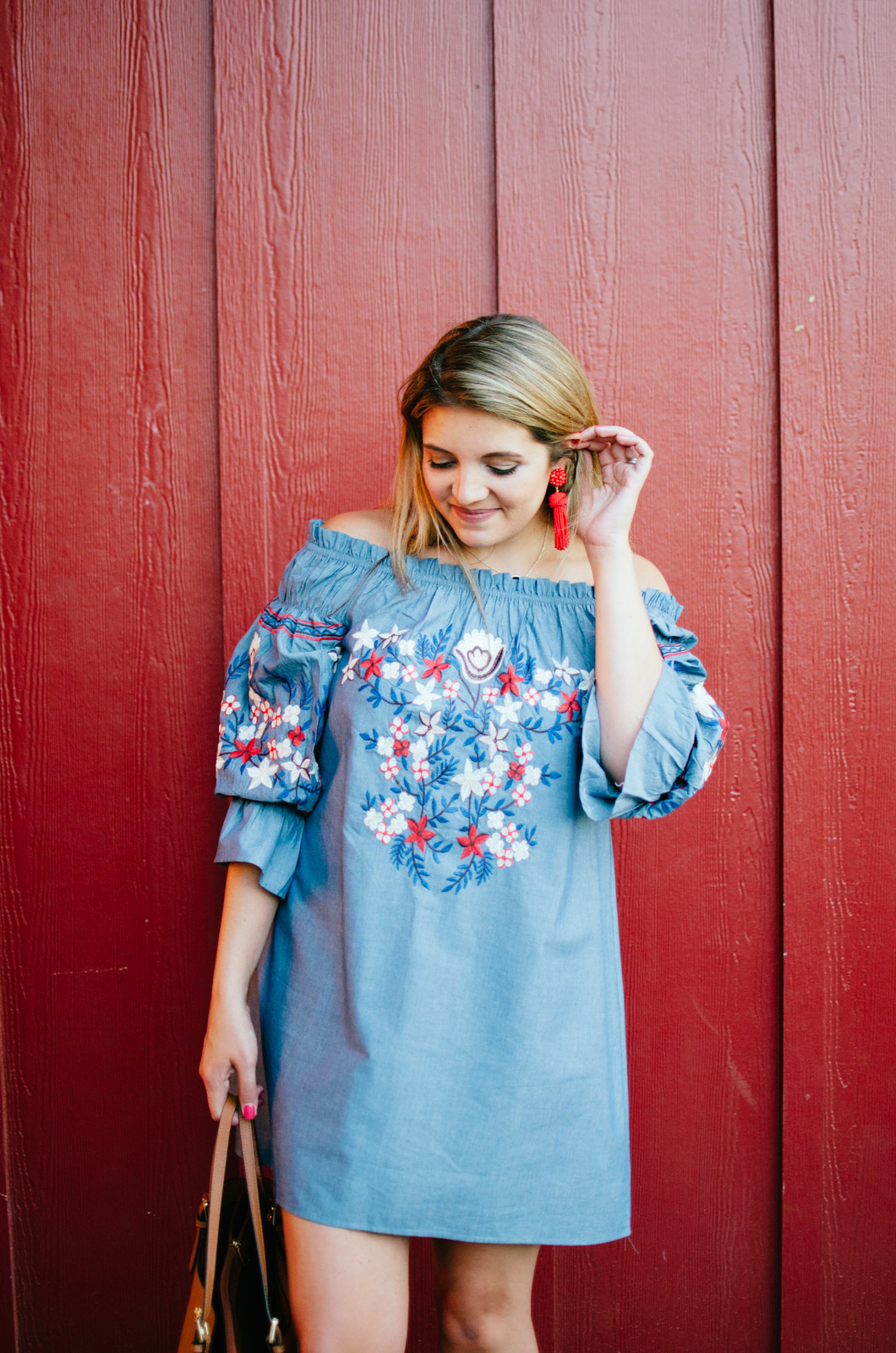 off shoulder chambray dress outfit idea | For more cute casual outfit ideas, head to bylaurenm.com!
