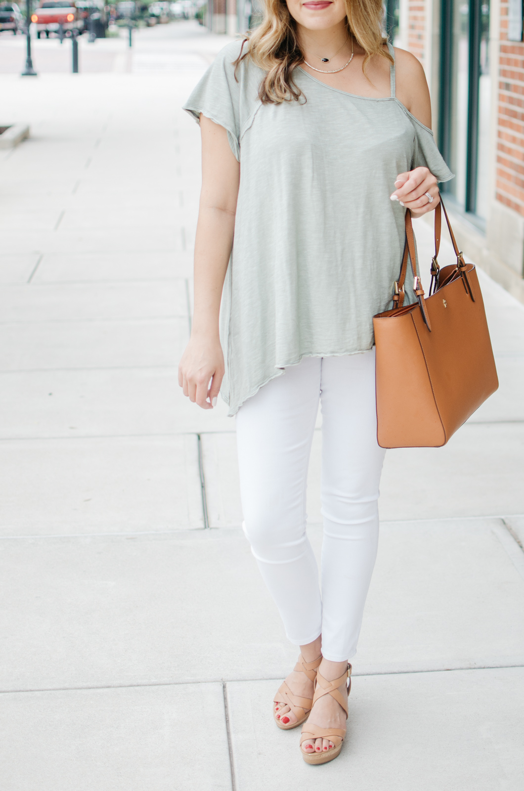 upgraded jeans and a tee outfit - white jeans and a tee | For more cute summer outfit ideas, head to bylaurenm.com!