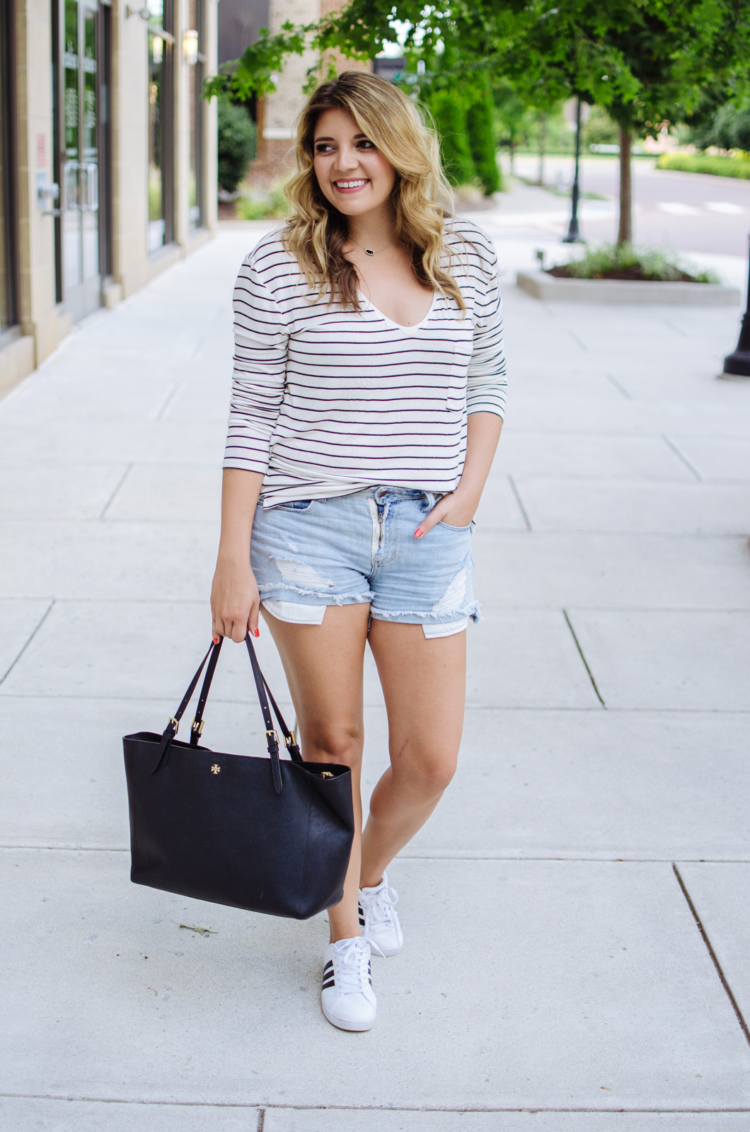 cute mom casual outfit - stripes and sneakers | For more mother daughter outfits, head to bylaurenm.com!