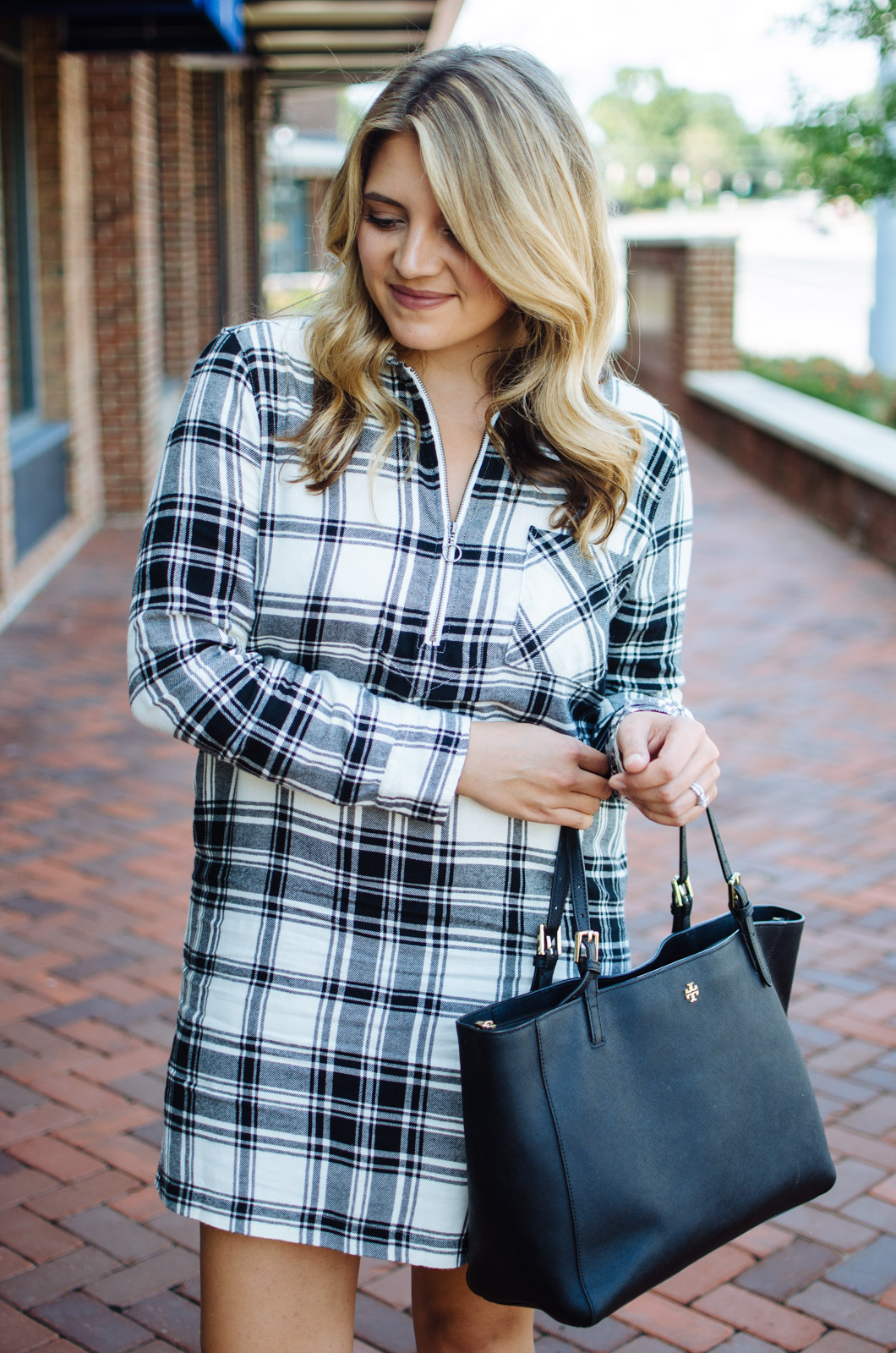 dresses for fall - flannel plaid dress outfit | For the cutest Fall outfits click through to bylaurenm.com!