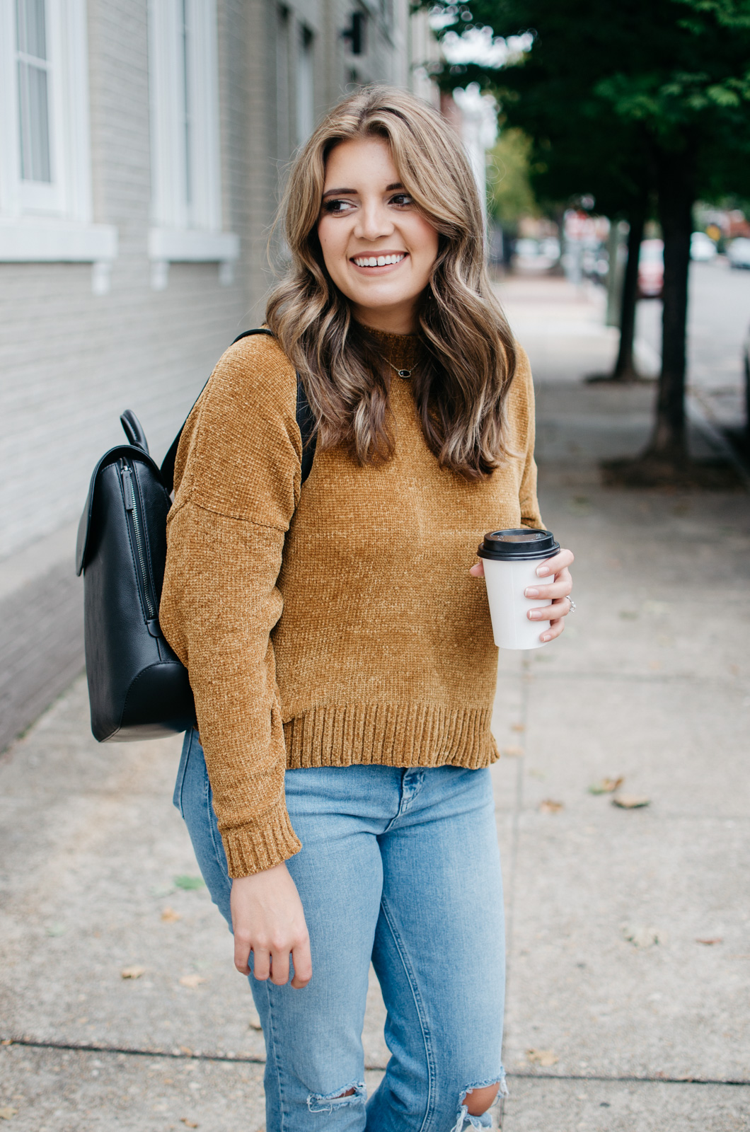 fall outfit ideas - backpack outfit ideas | See more trendy fall outfits at bylaurenm.com!