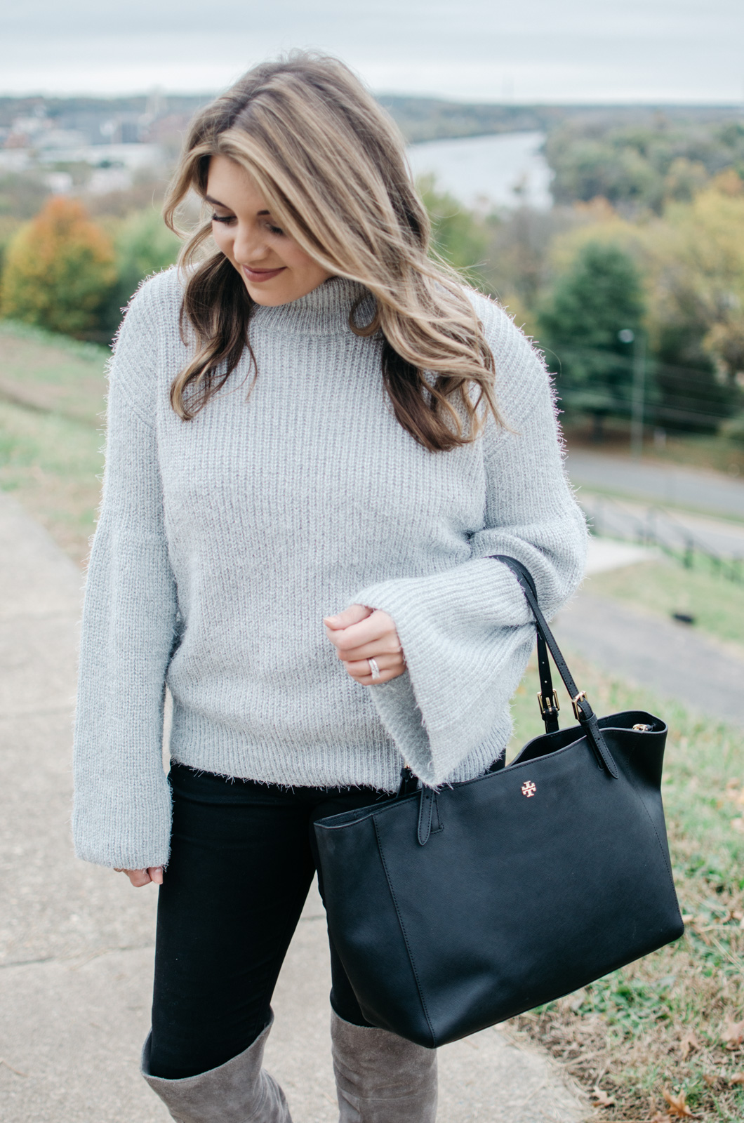 how wear bell sleeve sweater - bell sleeve sweater outfit | Get more Winter outfit ideas at bylaurenm.com!