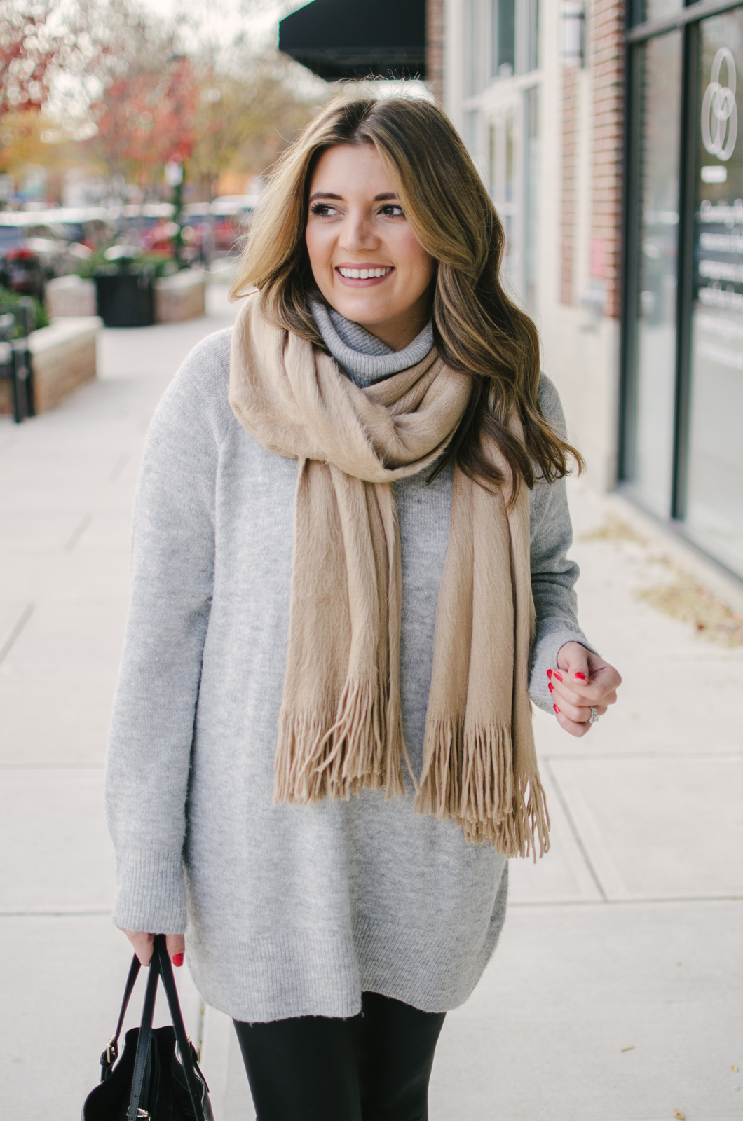 winter leggings outfit - the best long sweater for leggings | For more casual Winter outfits, click through to bylaurenm.com!