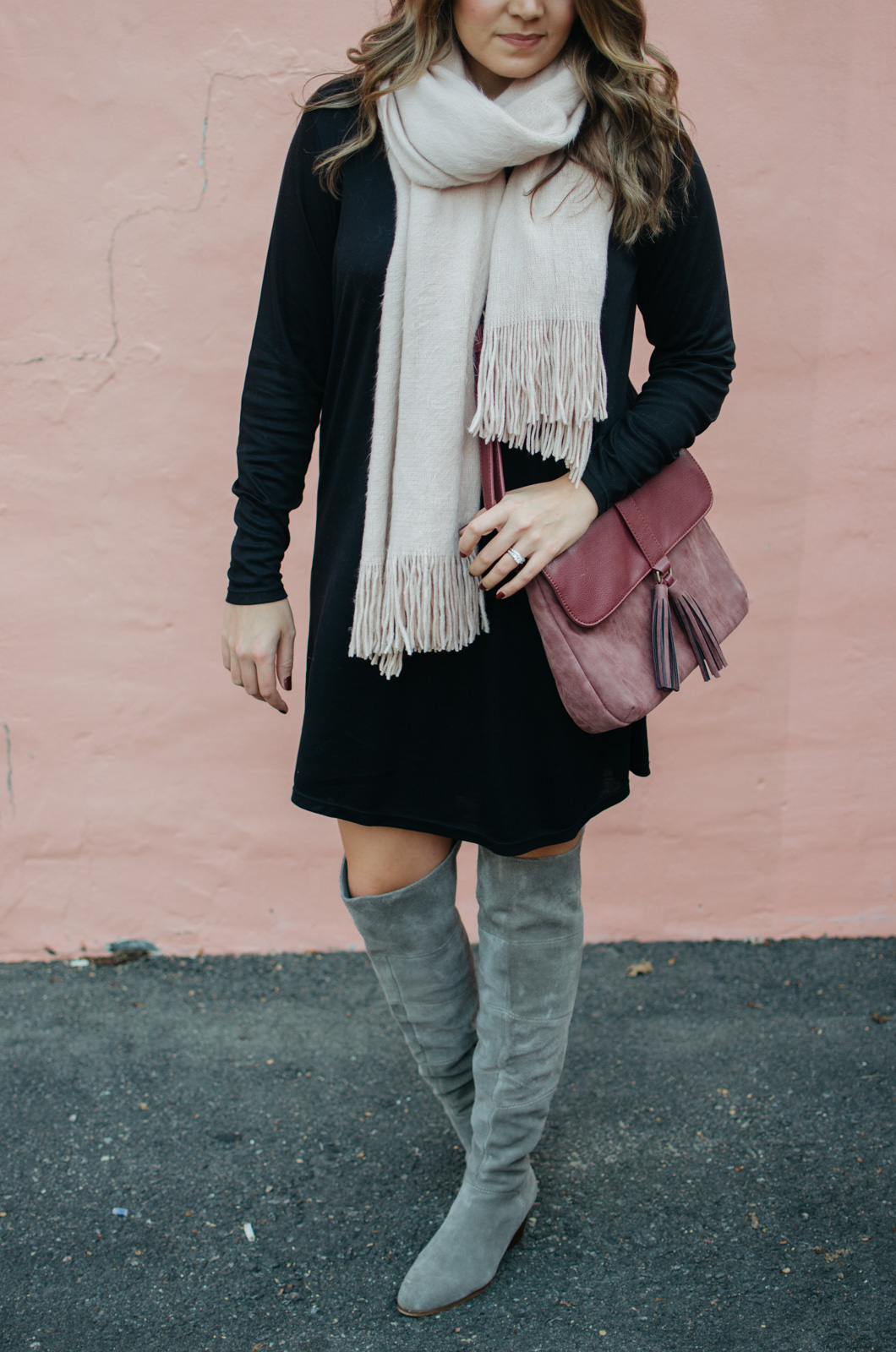 best winter casual outfits - winter dress outfit idea | Click through for outfit details or to see more cute Winter outfit ideas. bylaurenm.com