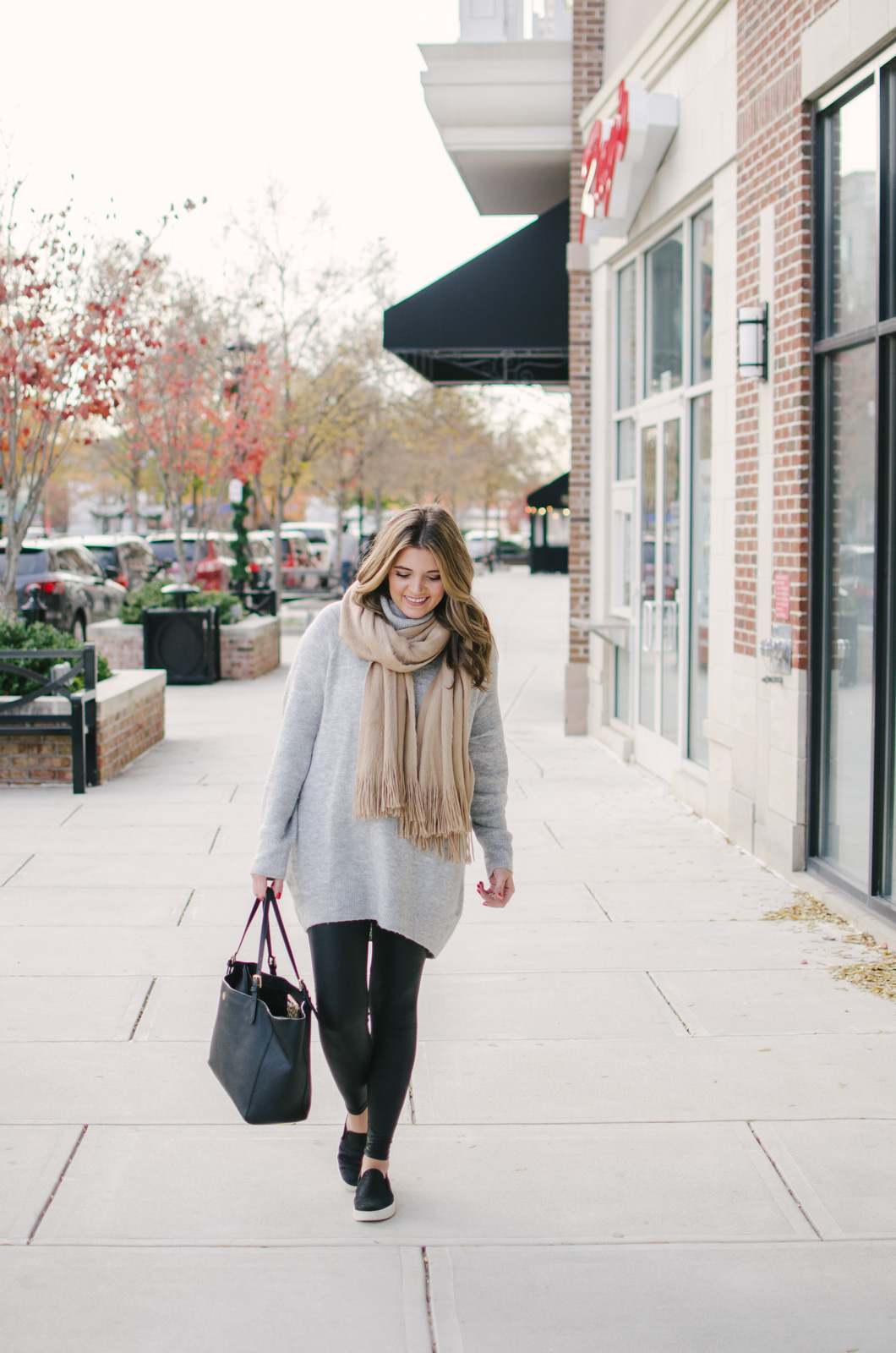 leggings outfit winter - tunic turtleneck with leggings | For more casual Winter outfits, click through to bylaurenm.com!