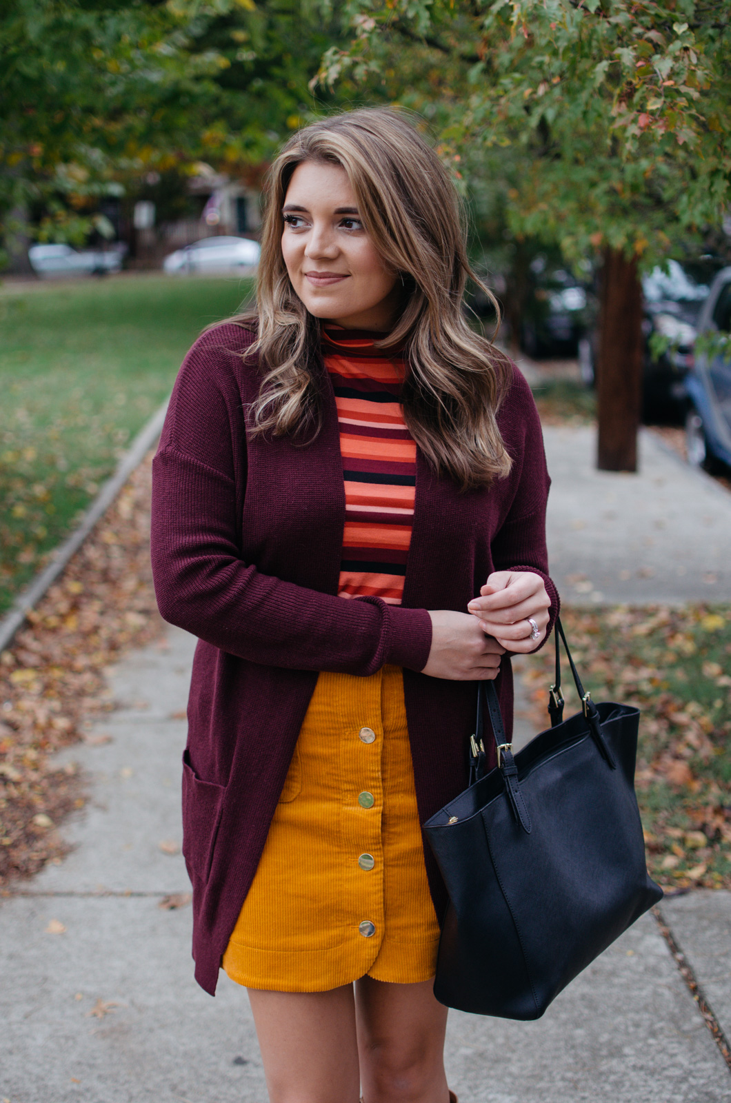 fall professional work outfits - what to wear to work fall | For more Fall outfit ideas, click through to bylaurenm.com!