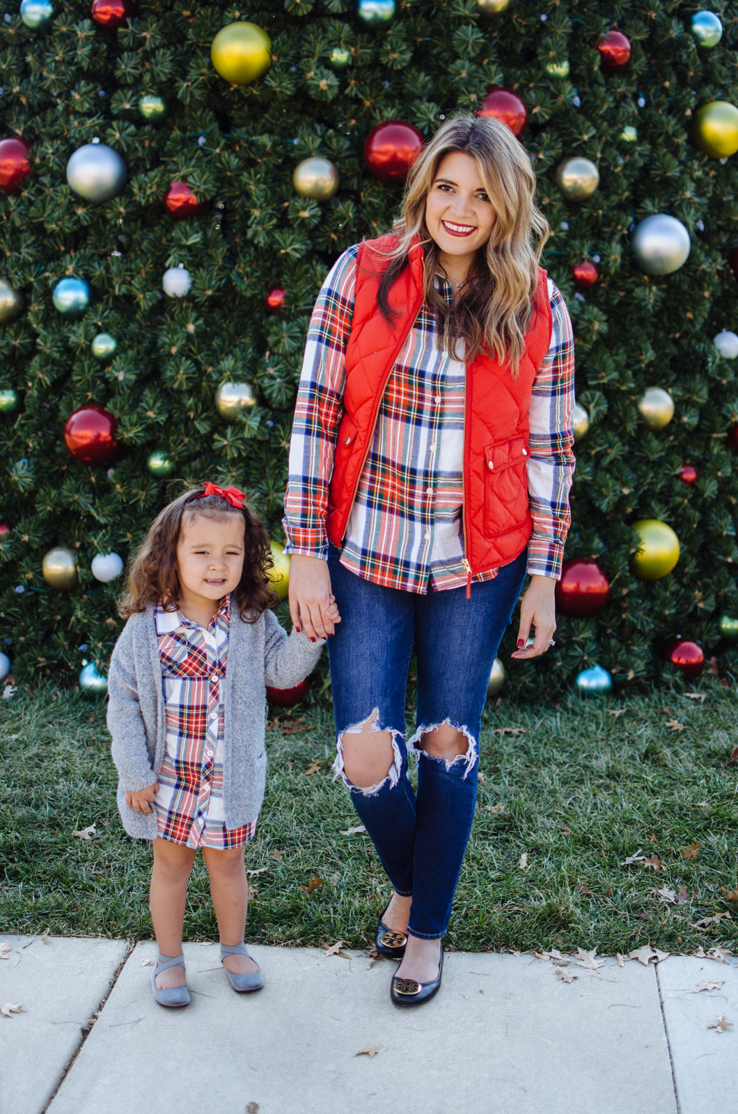 mommy and me outfits for christmas - the cutest mommy daughter outfits for christmas! Get all the outfit details at bylaurenm.com!