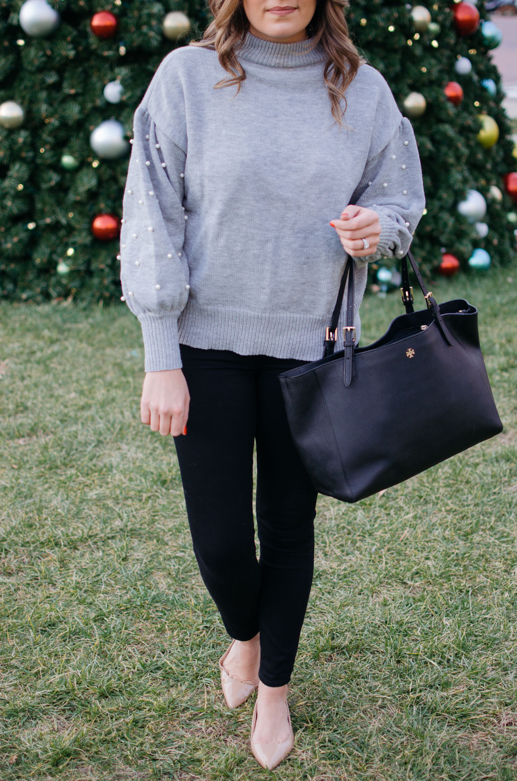 how wear a pearl sweater - glam winter outfit idea | For more winter outfit ideas, head to bylaurenm.com!