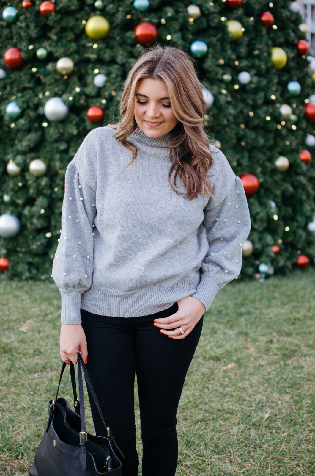 pearl sweater outfit for winter | For more winter outfit ideas, head to bylaurenm.com!