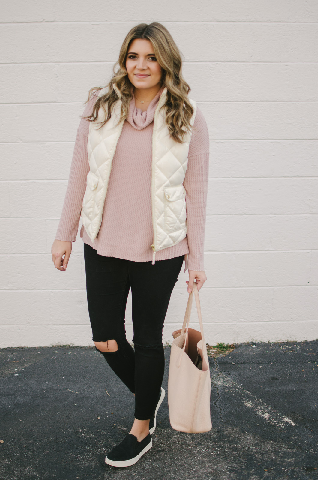 puffer vest outfit white - how wear puffer vest | shop this look or see more winter outfits at bylaurenm.com!