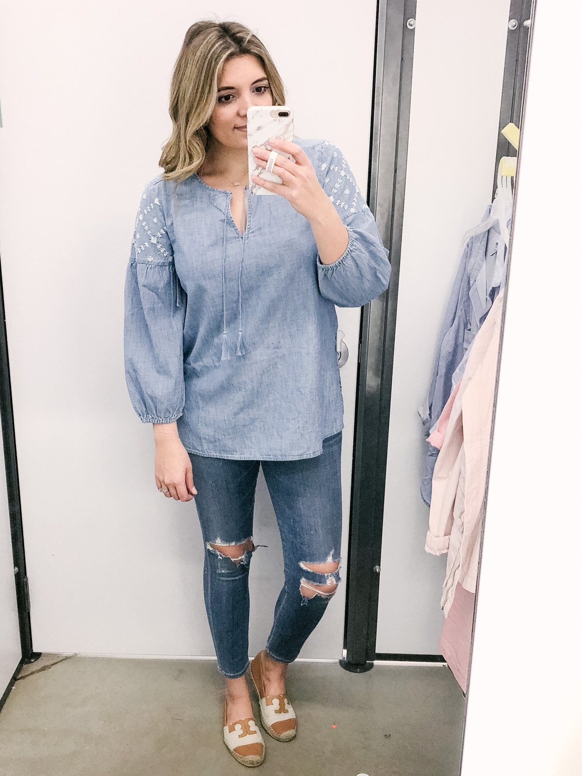 old navy dressing room reviews spring 2018 | See the full try-on session + Old Navy spring reviews at bylaurenm.com!