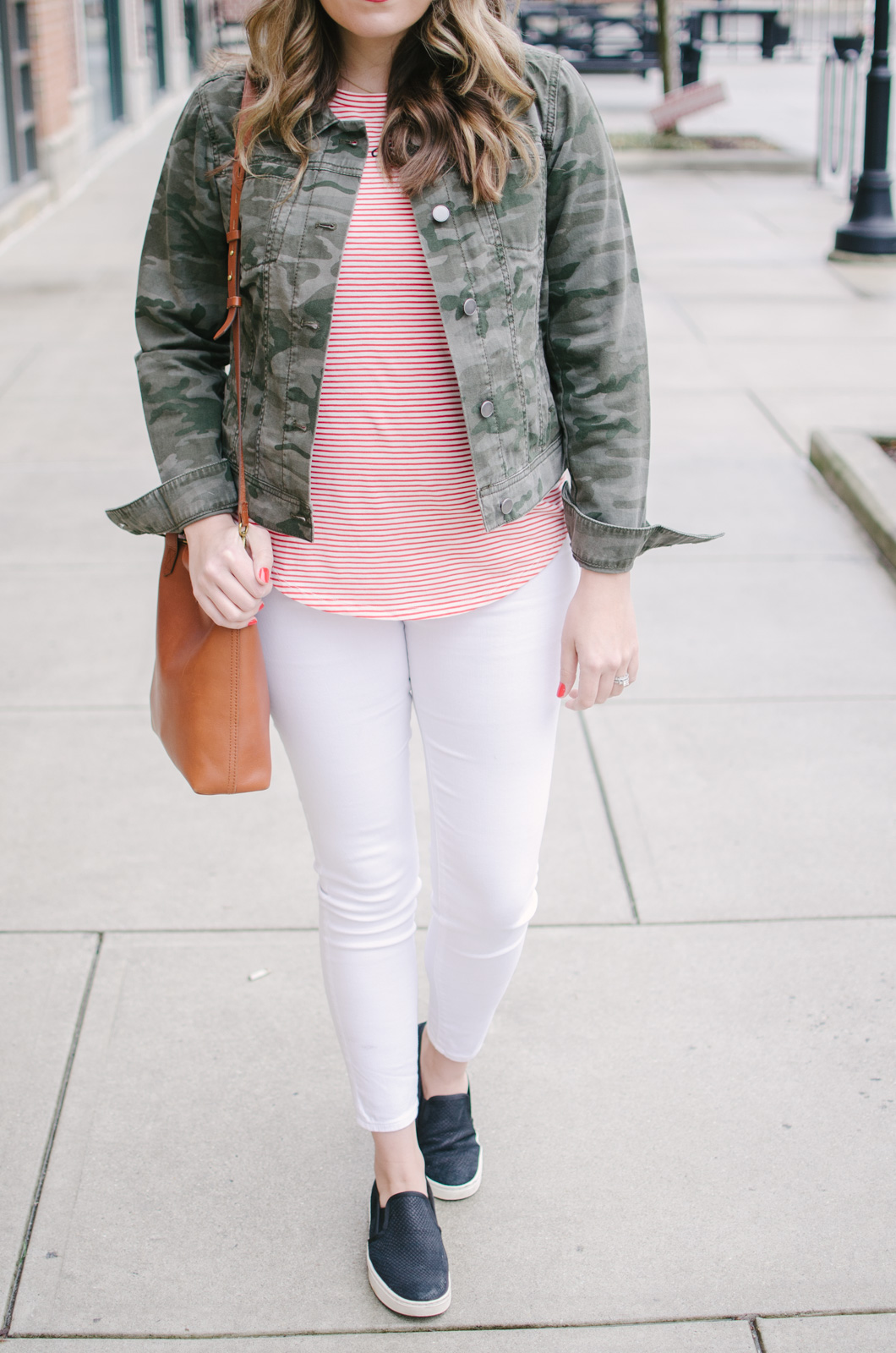 spring outfit idea - camo and stripes spring | See more cute spring outfits at bylaurenm.com!