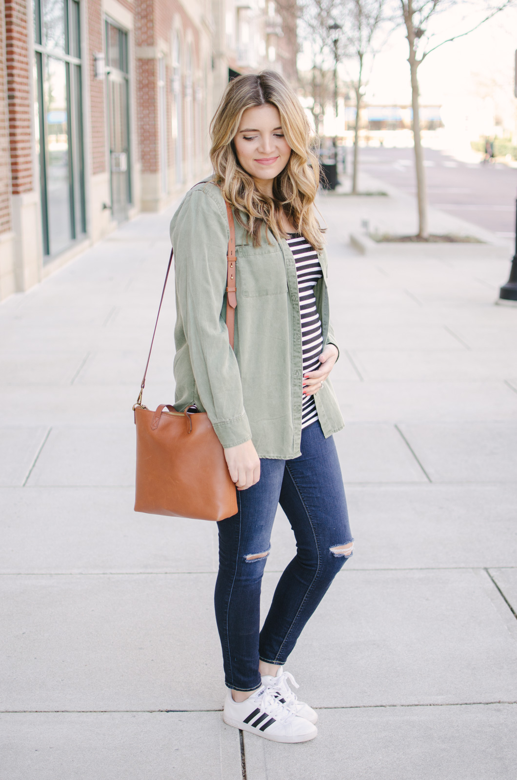 go-to maternity outfit - the essential maternity outfit combination for casual days! Shop this look or see more casual maternity fashion at bylaurenm.com!