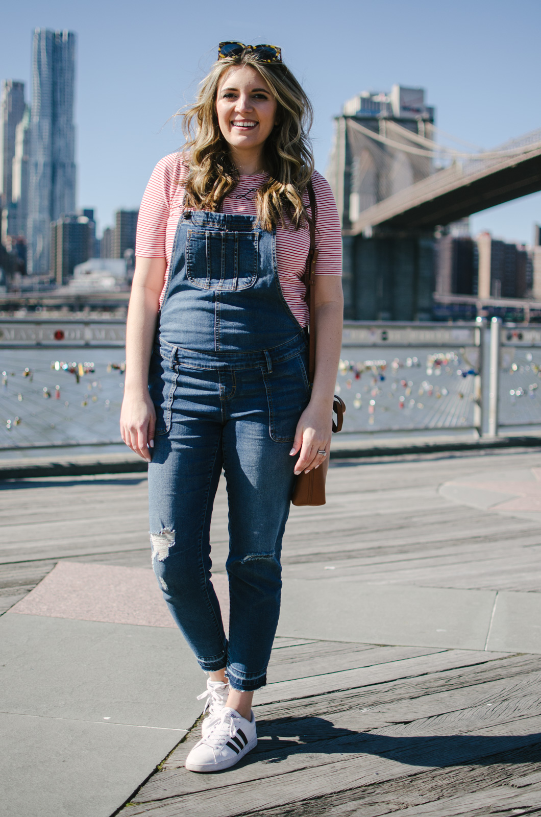maternity overalls outfit - how wear maternity overalls | bylaurenm.com