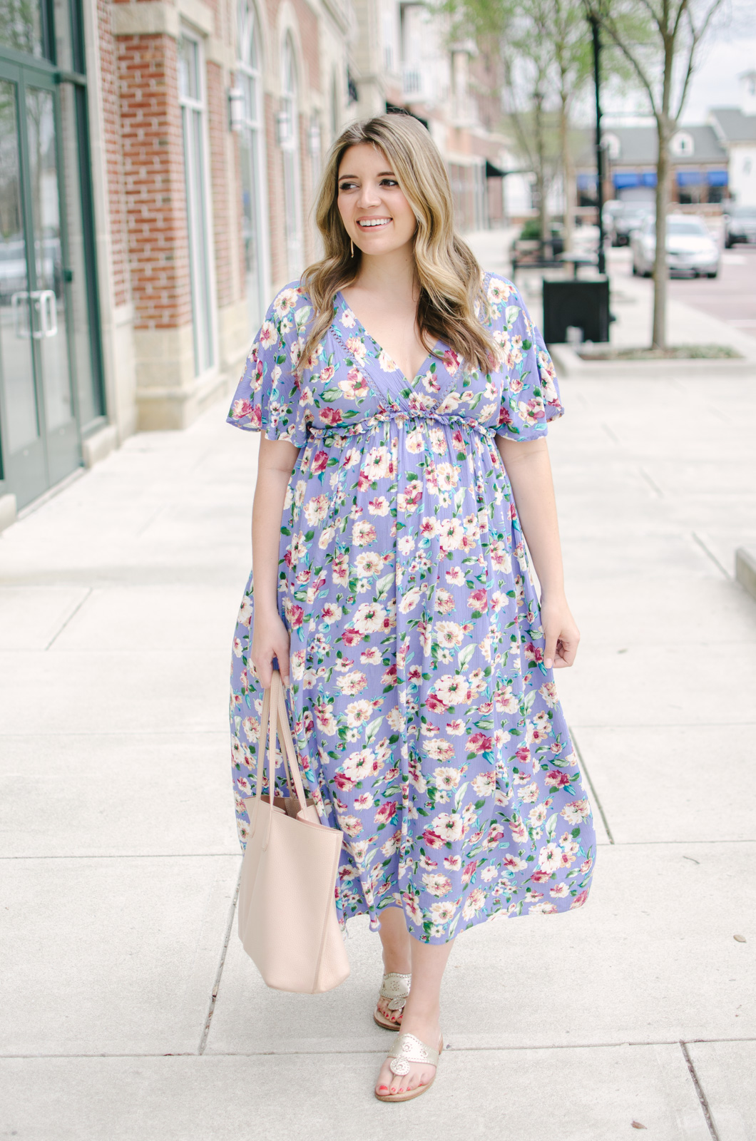 spring pregnancy must-have maxi dresses - non-maternity maxi dress for pregnancy spring | bylaurenm.com