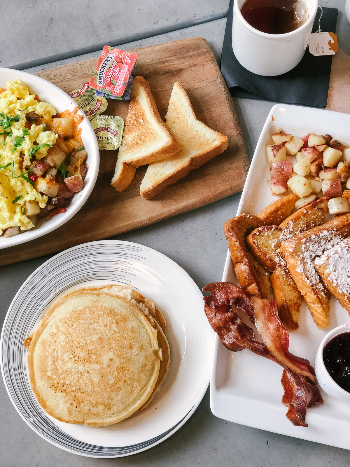 Hilton Garden Inn Annapolis Downtown breakfast | Don't miss the full Annapolis Weekend Guide: where to eat, what to do, and where to stay! | bylaurenm.com