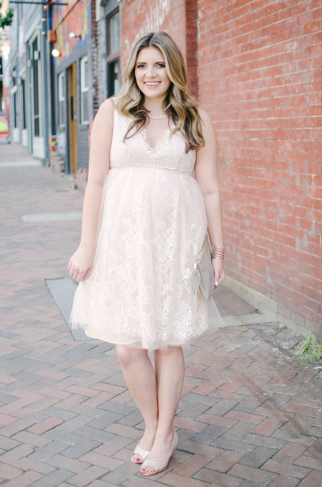 pregnant wedding guest style - what to wear to a wedding pregnant | bylaurenm.com