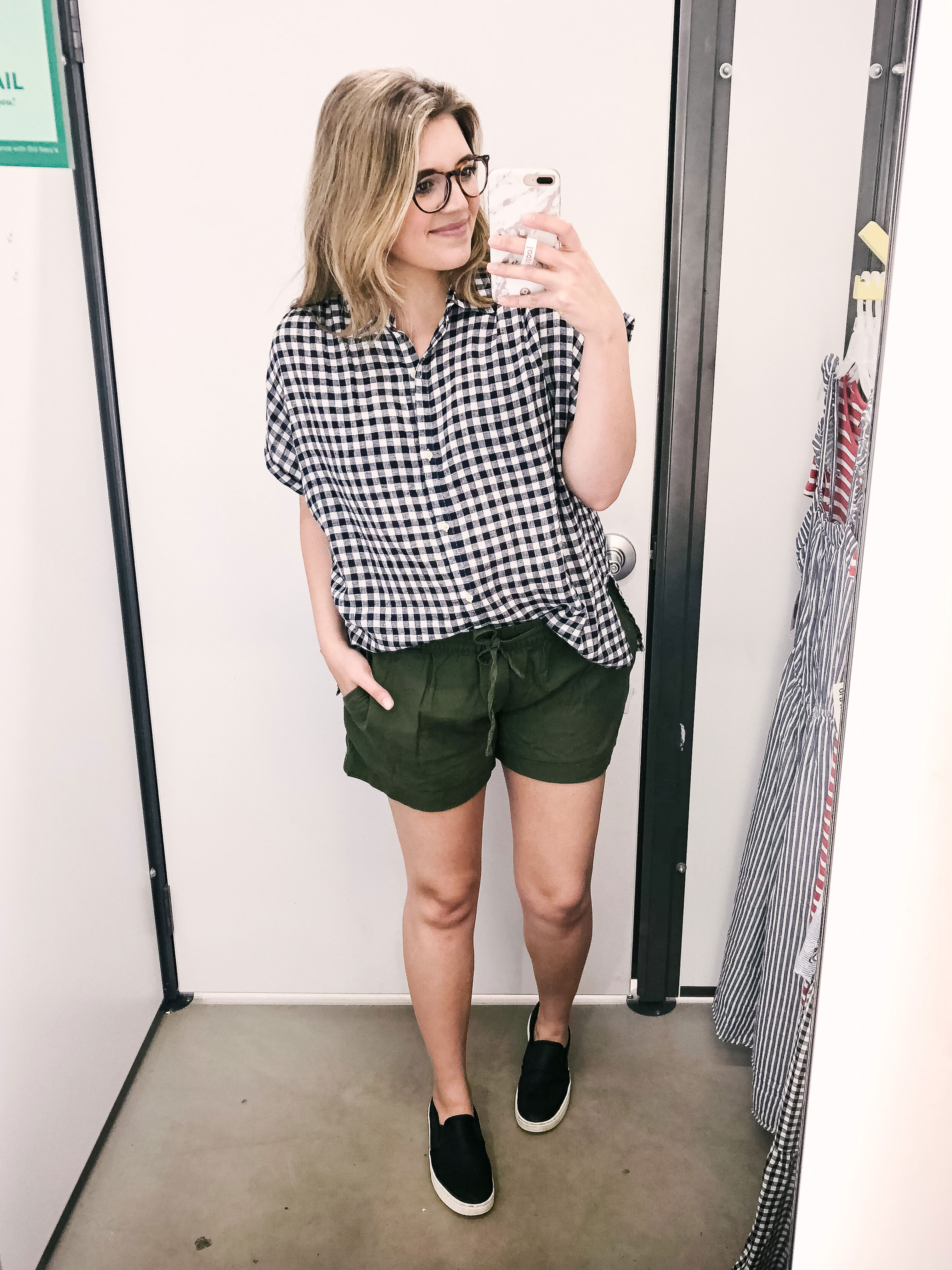 Old Navy Spring Dressing Room Reviews - cutest spring outfits old navy | bylaurenm.com